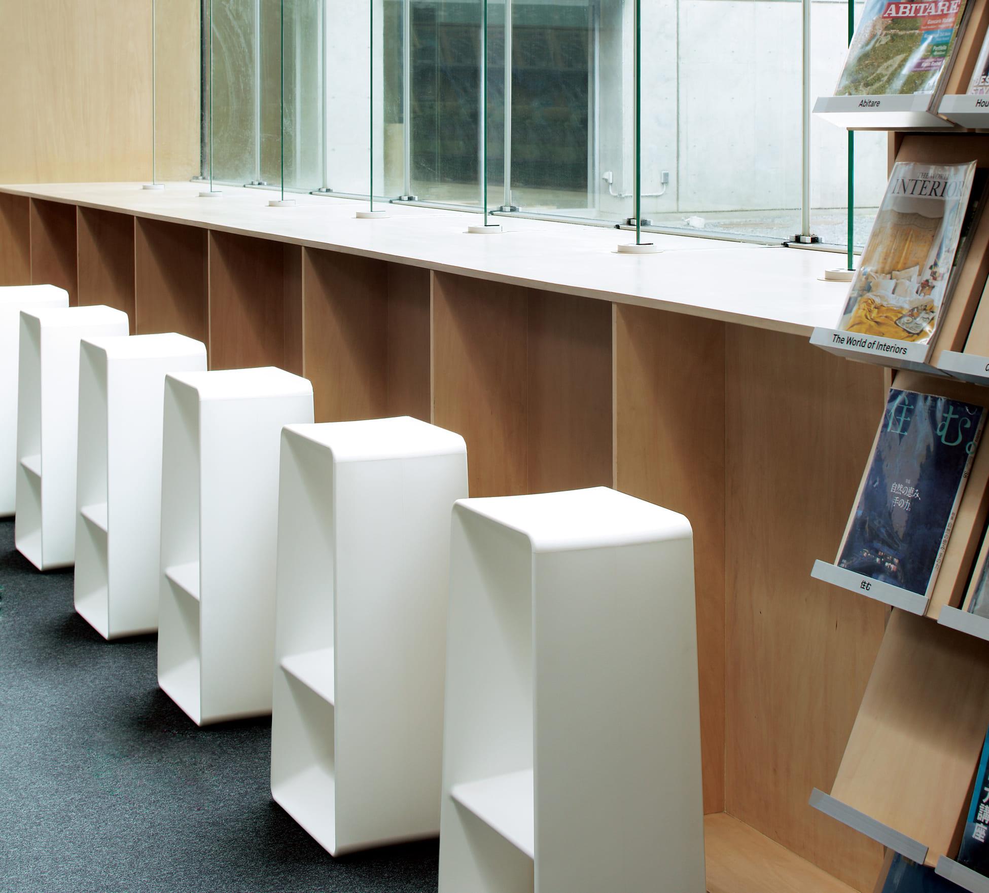 エルバ Erba 一人掛け 一人がけ 1人掛け 1人がけ 1人掛け 1人がけ 屋外 カウンターチェア プラスチック 箱型 筒形 NY003
