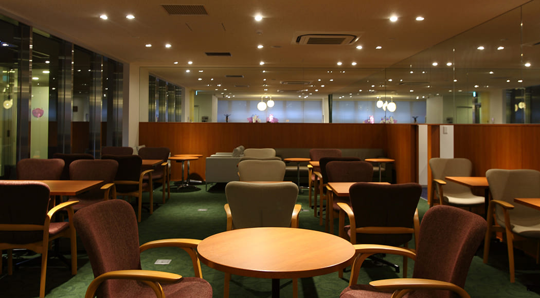Vasto チェア アームあり ラウンジ レンタルスペース オフィス 業務用家具