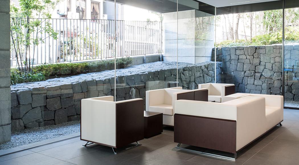 Incise ベンチ ソファ 二人掛け アームあり エントランス 業務用家具