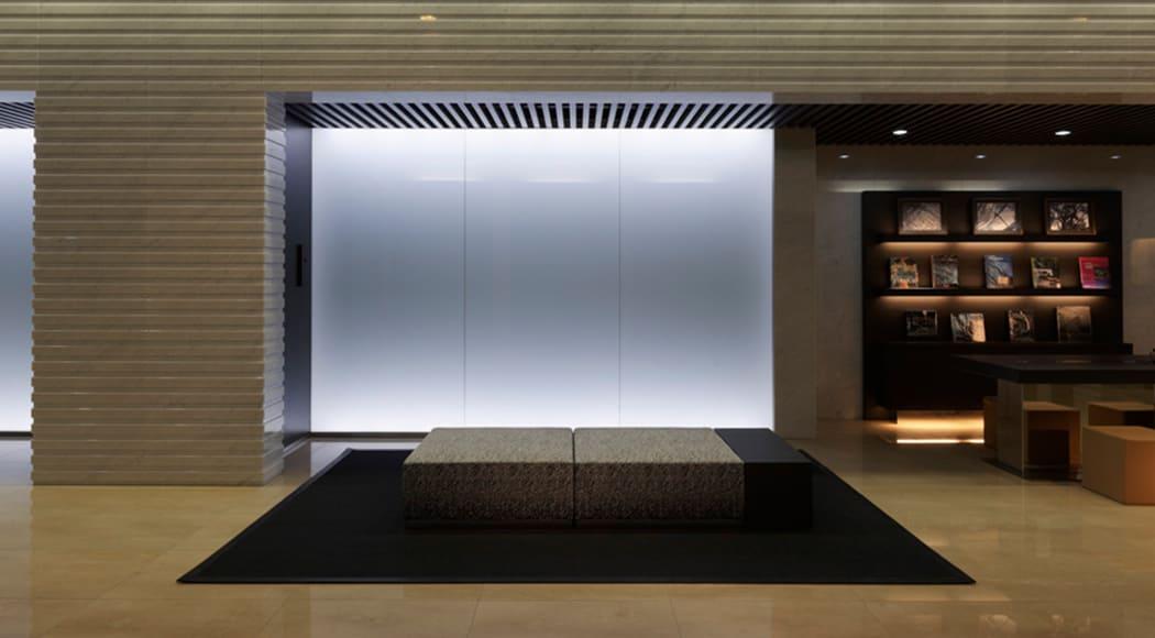 Intersect900 スツール ロビー ホテル エントランス 業務用家具